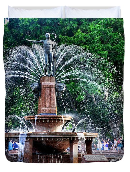Hyde Park Fountain Duvet Cover by Kaye Menner