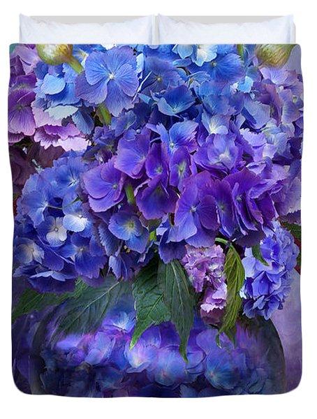 Hydrangeas In Hydrangea Vase Duvet Cover
