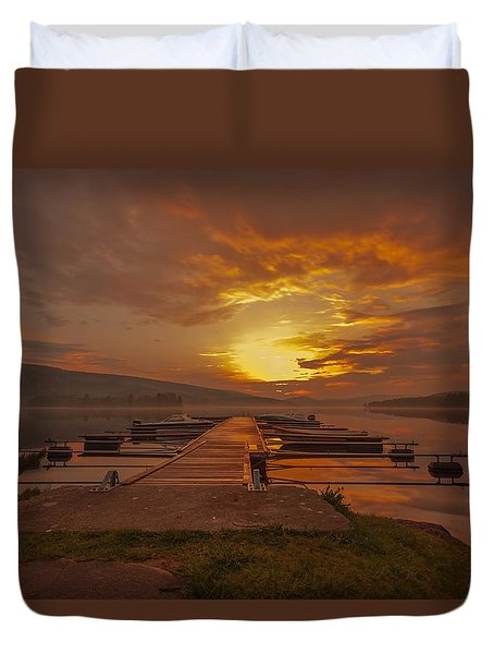 Duvet Cover featuring the photograph I Can Only Imagine by Rose-Maries Pictures