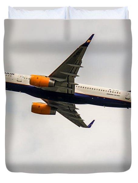 Icelandair Boeing 757 Duvet Cover