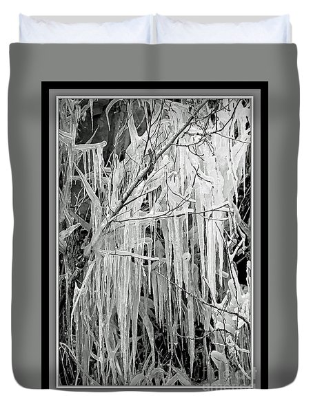 Icicles In Black And White Duvet Cover by Carol Groenen