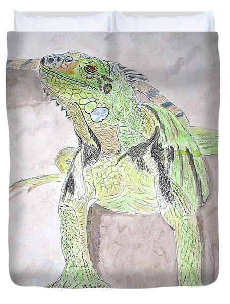 Duvet Cover featuring the painting Iguana by Linda Feinberg