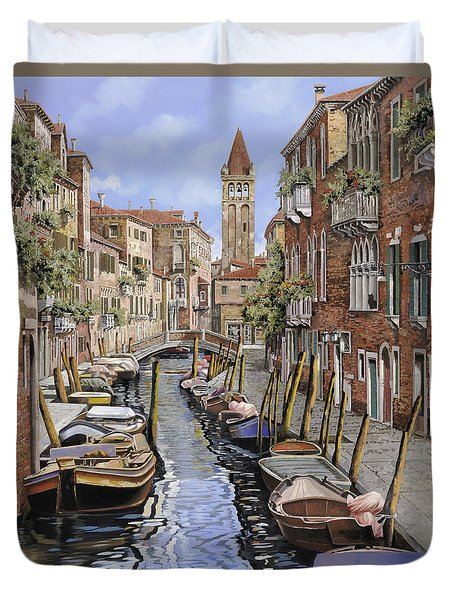 il gatto nero a Venezia Duvet Cover by Guido Borelli