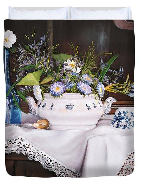 Il Te' Del Pomeriggio Duvet Cover by Danka Weitzen