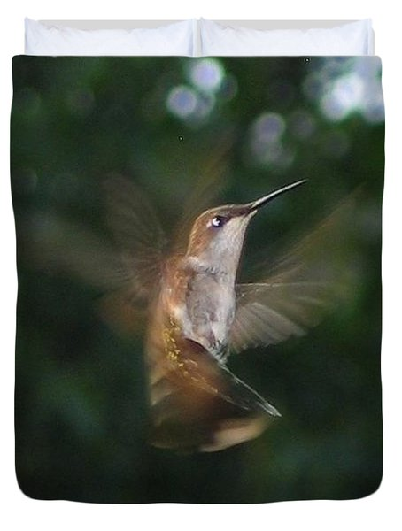 Duvet Cover featuring the photograph In Flight by Photographic Arts And Design Studio