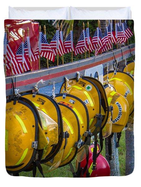 In Memory Of 19 Brave Firefighters  Duvet Cover