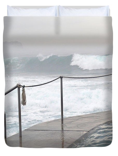 In Safe Waters Duvet Cover by Evelyn Tambour