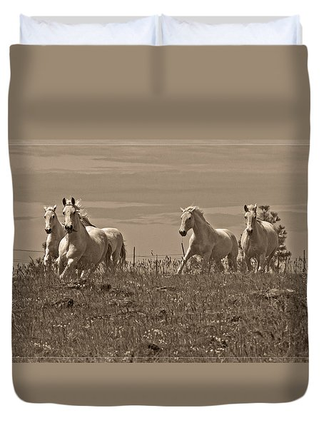 Duvet Cover featuring the photograph In The Field D5959 by Wes and Dotty Weber