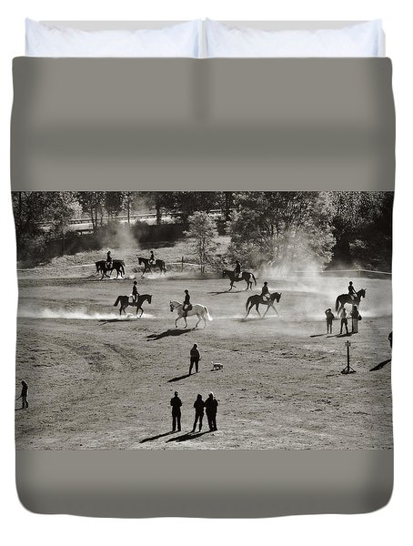 Duvet Cover featuring the photograph In The Warm Up by Joan Davis