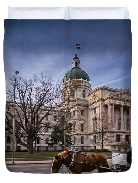 Indiana Capital Building - Front With Horse Passing Duvet Cover