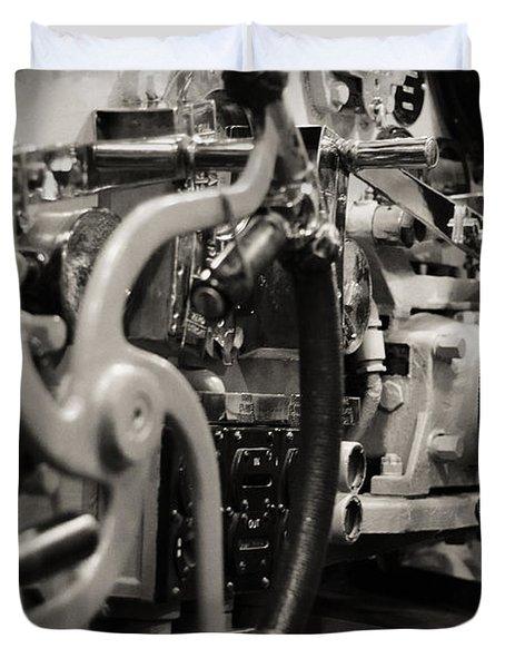 Internal Mechanics Uss Bowfin Duvet Cover by Douglas Barnard