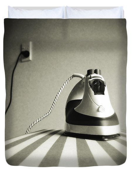 Duvet Cover featuring the photograph Iron by Les Cunliffe