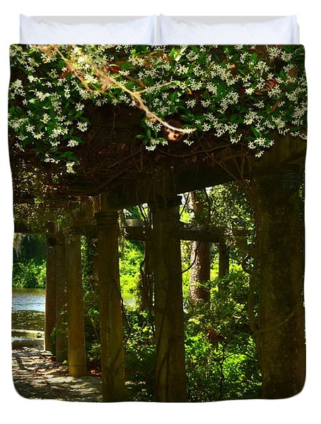 Italian Garden Pergola And Fountain Duvet Cover