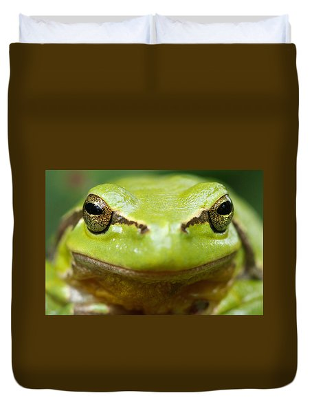 It's Not Easy Being Green _ Tree Frog Portrait Duvet Cover