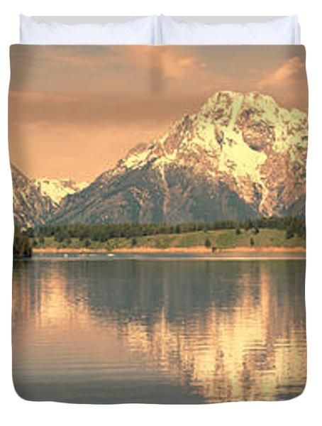 Jackson Lake Sunrise - Grand Teton Duvet Cover
