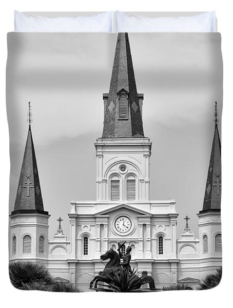Jackson Square In Black And White Duvet Cover by Bill Cannon