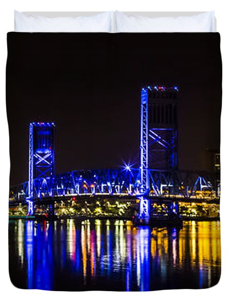 Duvet Cover featuring the photograph Jacksonville Skyline by Paula Porterfield-Izzo