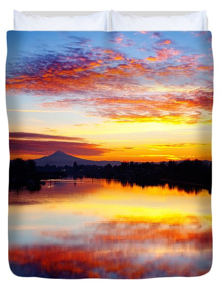 Jantzen Beach Sunrise Duvet Cover