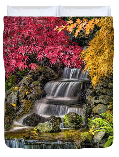 Japanese Laced Leaf Maple Trees In The Fall Duvet Cover by David Gn