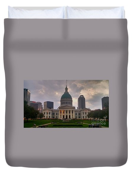 Jefferson Memorial Bldg Duvet Cover by Chris Tarpening