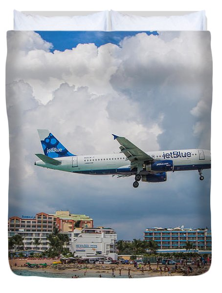 jetBlue in St. Maarten Duvet Cover