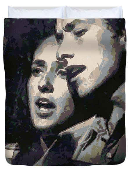 Joan Baez And Bob Dylan Duvet Cover by Paulette B Wright
