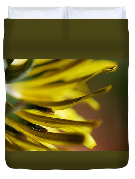 Duvet Cover featuring the photograph Just Dandy by Wendy Wilton