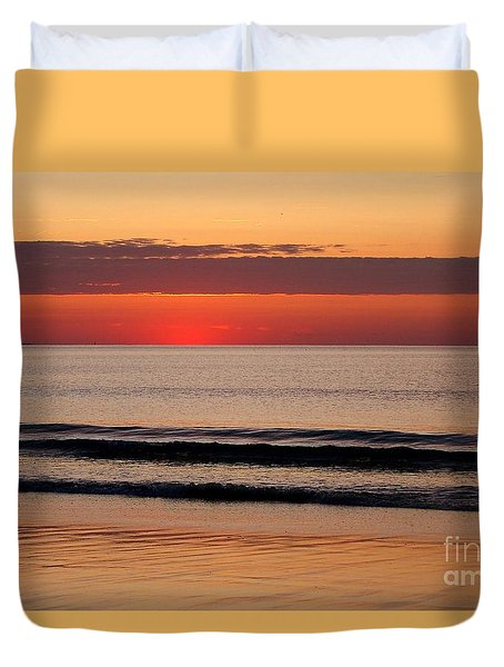 Duvet Cover featuring the photograph Just Showing Up Along Hampton Beach by Eunice Miller