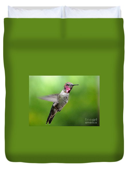 Duvet Cover featuring the photograph Juvenile Male Anna's In Flight by Jay Milo