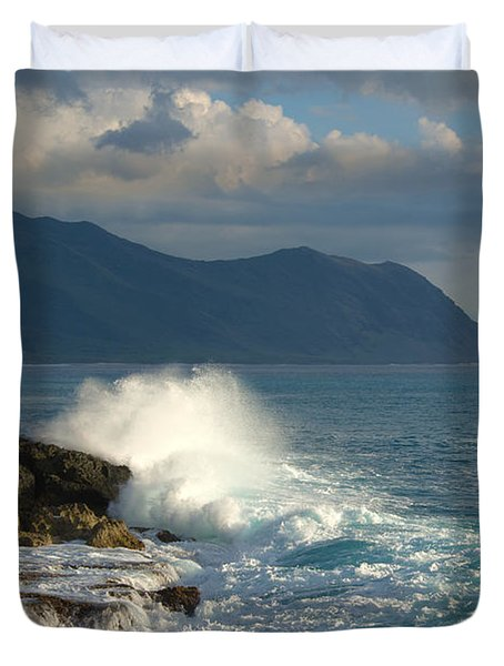 Kaena Point State Park Crashing Wave - Oahu Hawaii Duvet Cover by Brian Harig