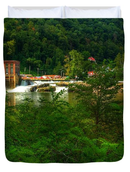 Duvet Cover featuring the photograph Kanawha Falls by Dave Files