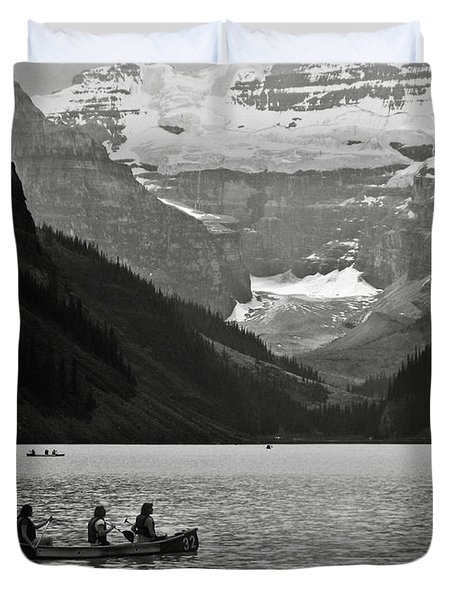 Kayak On Lake Louise Duvet Cover