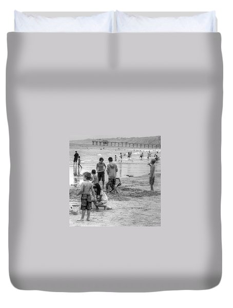 Kids At Beach Duvet Cover