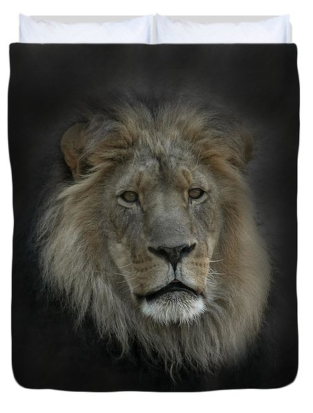 King Of Beasts Portrait Duvet Cover