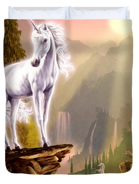 King Of The Valley Duvet Cover by Garry Walton