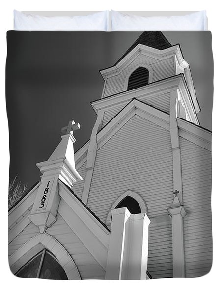Kirche Der St Walburga Duvet Cover by Guy Whiteley