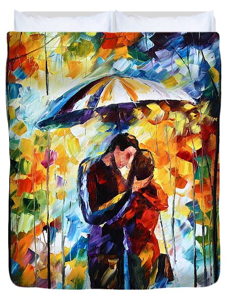 Kiss Under The Rain 2 Duvet Cover
