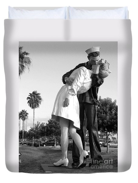 Kissing Sailor And Nurse Duvet Cover