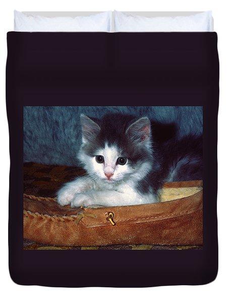 Kitten In Slipper Duvet Cover by Sally Weigand