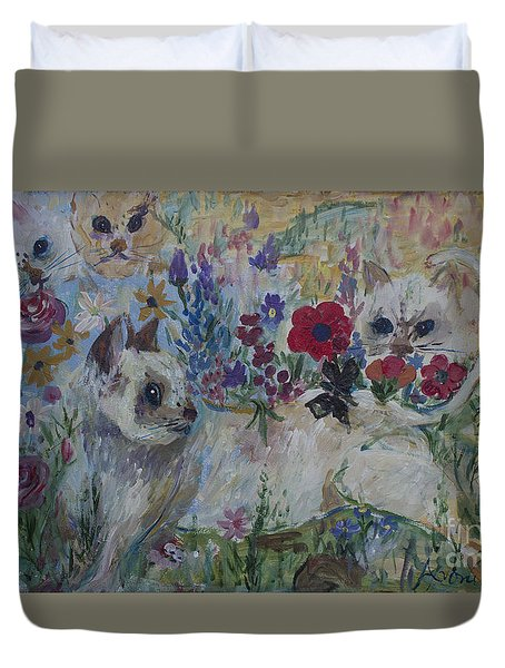 Kittens In Wildflowers Duvet Cover