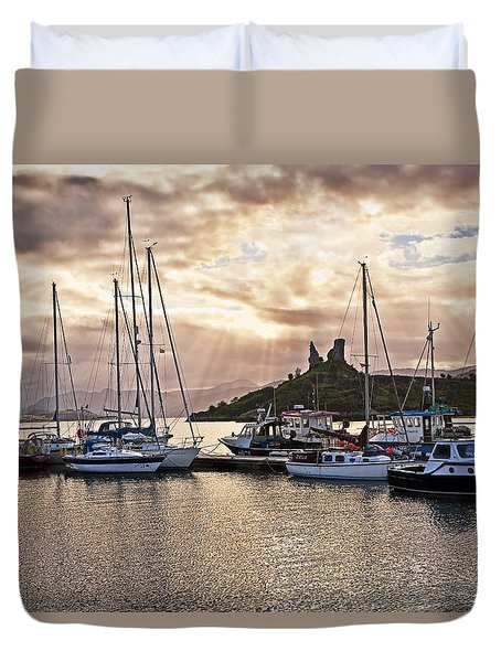 Kyleakin Harbor And Castle Moil Duvet Cover by Marcia Colelli