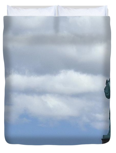 Lady Liberty   1 Duvet Cover by Allen Beatty