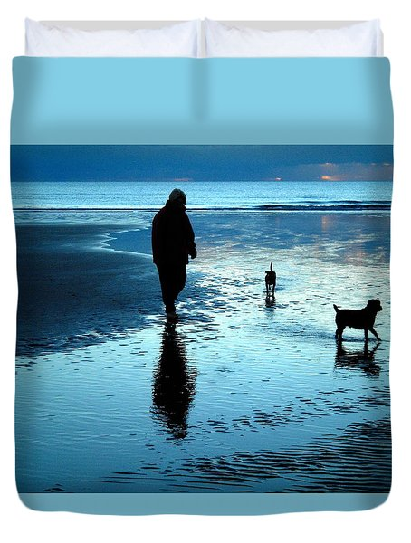 Lady With The Little Dogs Duvet Cover