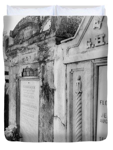 Lafayette Cemetery Black And White Duvet Cover