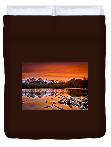 Lake Bierstadt In The Morn Duvet Cover