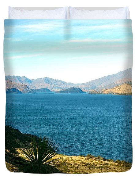 Duvet Cover featuring the photograph Lake Hawea by Stuart Litoff