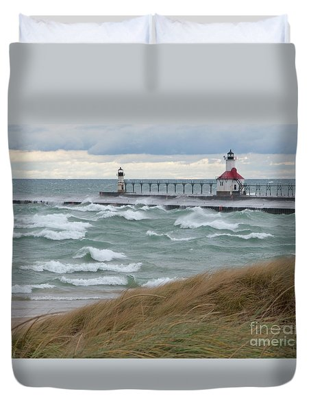 Lake Michigan Winds Duvet Cover