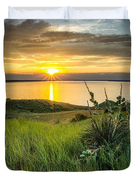 Lake Oahe Sunset Duvet Cover