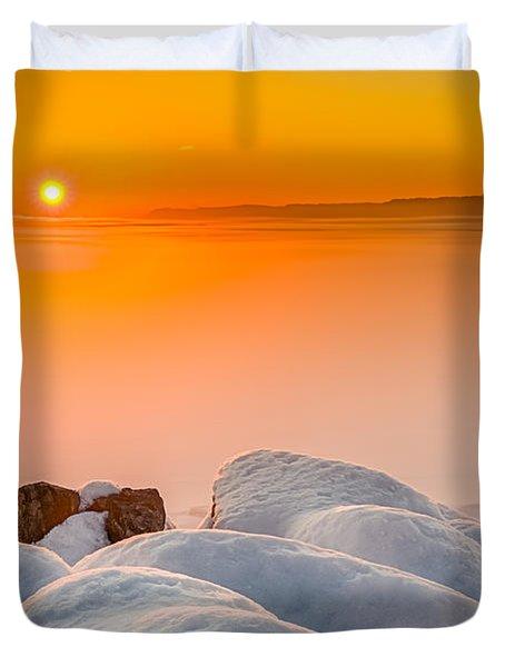 Lake Pepin Winter Sunrise Duvet Cover by Mark Goodman