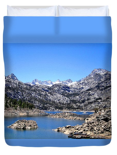 Duvet Cover featuring the photograph Lake Sabrina by Marilyn Diaz